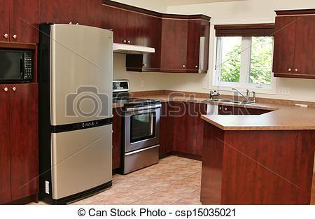Stock fotos de moderno madera cocina con gabinetes for Gabinetes de cocina modernos