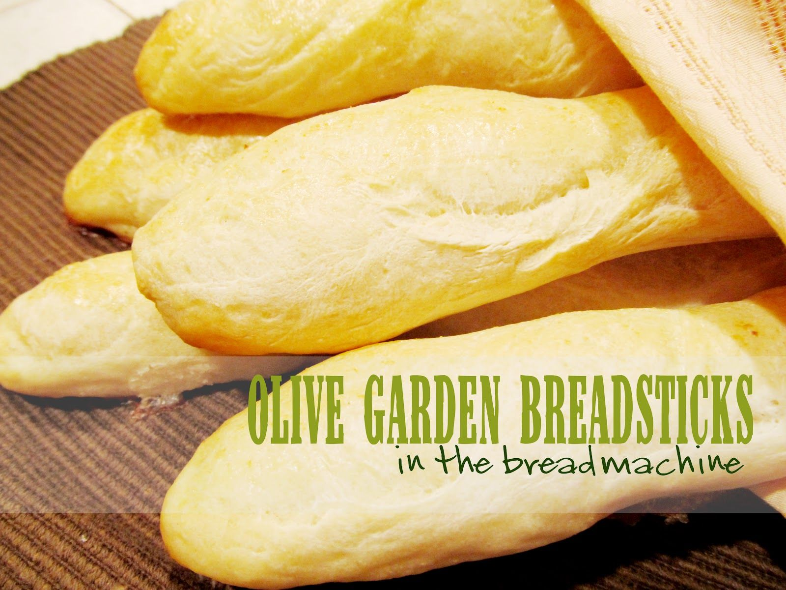Olive Garden Breadsticks {in the Bread Machine}. Holy