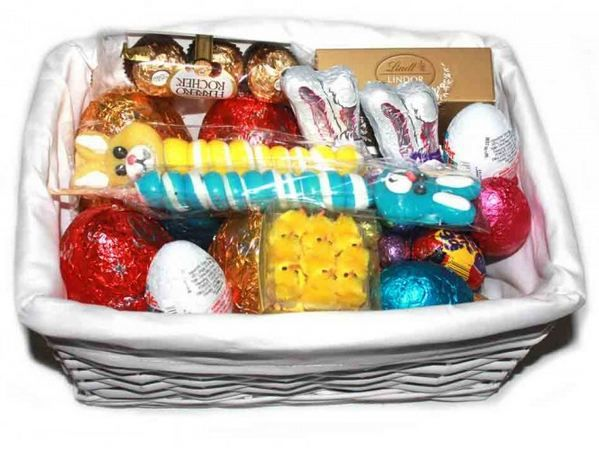 Buy family easter gift basket online at just 8700 eastergifts is the largest online gift shop in australia we offer family easter gift basket and fantastic range of products gifts at very reasonable prices in negle Image collections