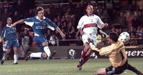 Chelsea 1 VFB Stuttgart 0 in May 1998 in Stockholm. Gianfranco ...