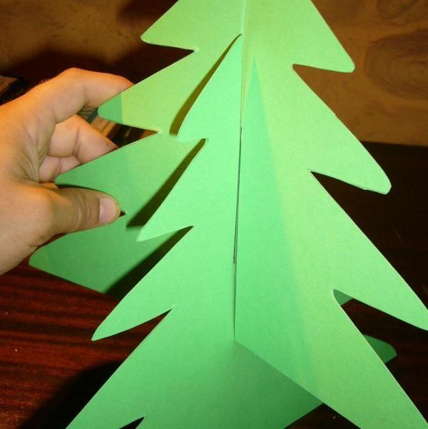 Albero Di Natale 3d.Come Fare Un Albero Di Natale In 3d Con Il Cartoncino Natale Fai Da Te Bambini Albero Di Natale Fai Da Te Alberi Di Natale