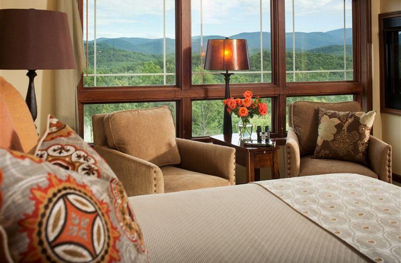 Lucille's Mountain Top Inn and Spa in Sautee Nacoochee, Georgia | B&B Rental