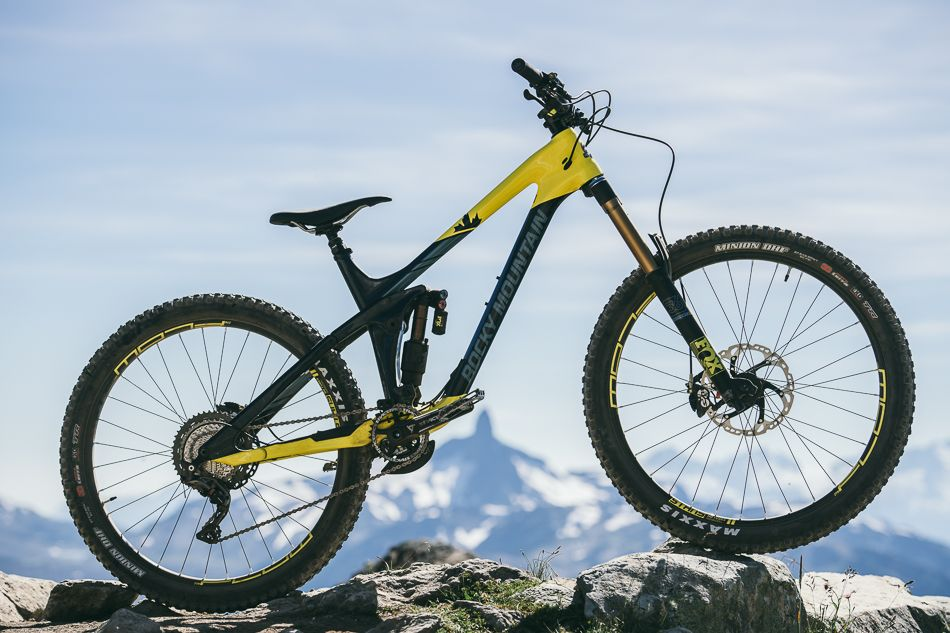 Pin By Pedro Roman Jr On Mountain Bikes Jerseys And Accessories