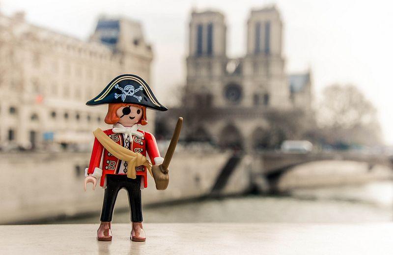 playmobil pirat in paris  playmobil photo maker superhero