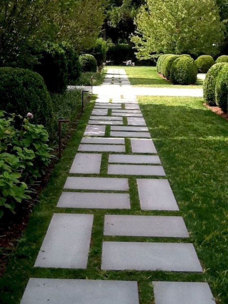 50 Beautiful Landscape Ideas For Front Yard Design Of House | lumbung-batu.com  #frontyard  #frontyardlandscaping