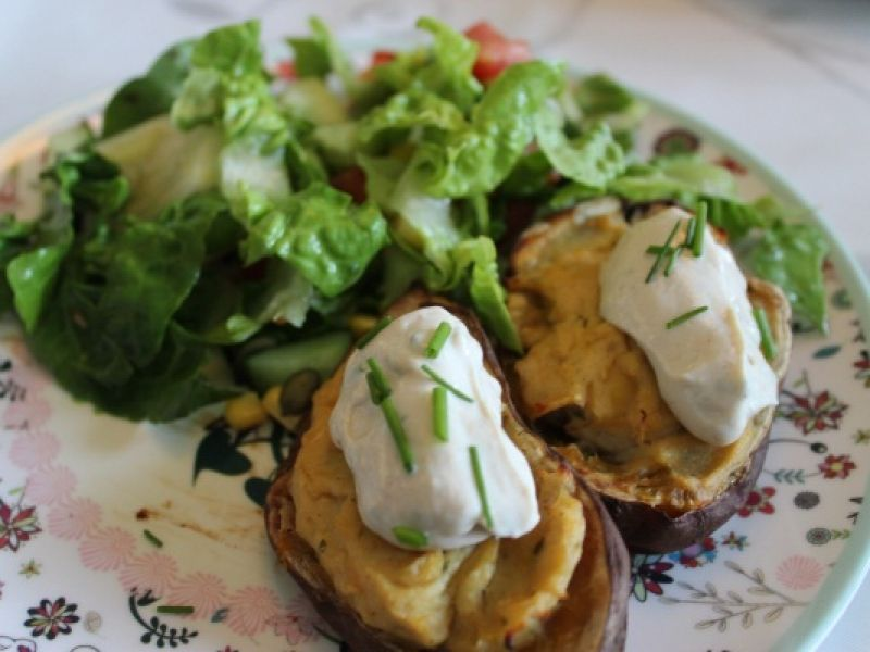 Dobbeltbagte søde kartofler med tofuguf! | Anima.dk