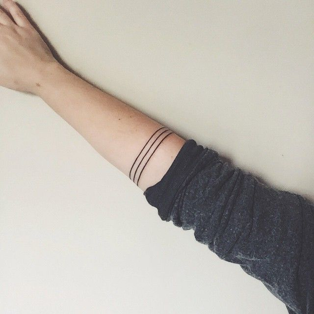 Three Black Lines Representing My Brother Sister And I Tattoo Minimalism Bridgetoreilly 13 Tattoos Tattoo Blog Ring Tattoos