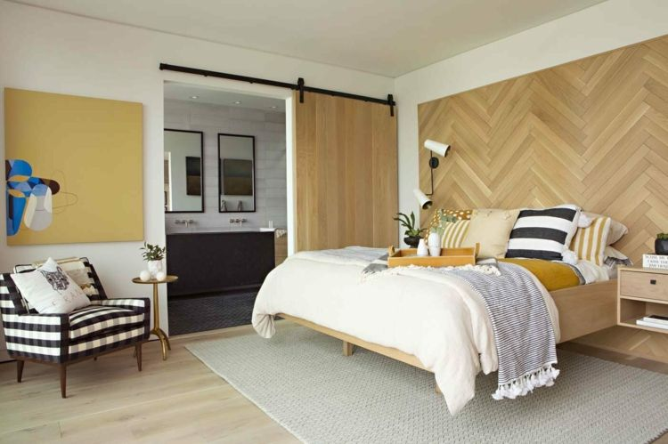 Helles Holz Akzentwand Bett Schiebetur Wandgestaltung Mit