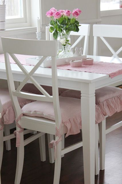 Pink white shabby chic shabby chic dining rooms - Cocinas estilo shabby chic ...