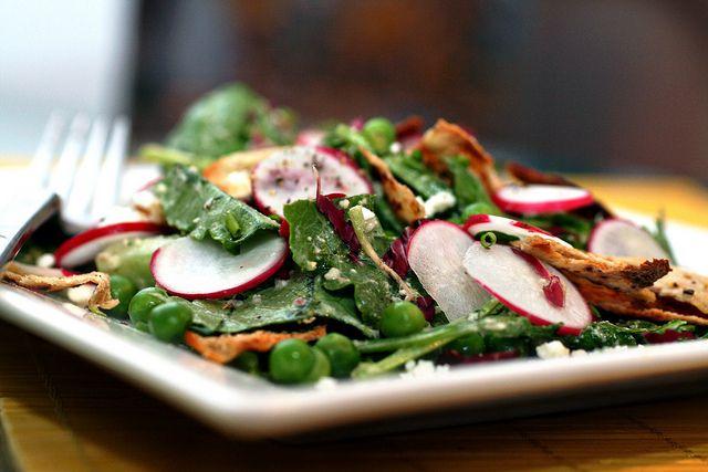 spicy radish fattoush