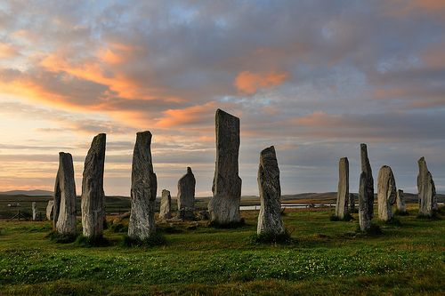 scotland stone circles | Callanish stone circle at dawn, Isle of Lewis, Scotland