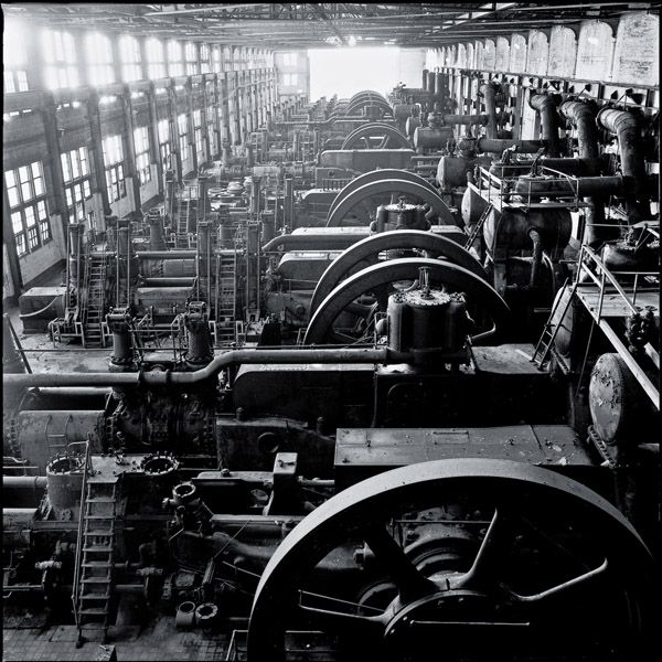 http://www.jeremyblakeslee.org/photography/files/gimgs/8_blowingengines.jpg