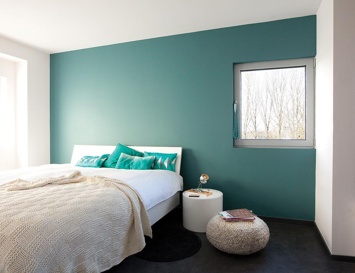 slaapkamer met kleur geordend van histor op de muur | ❤ bedroom, Deco ideeën
