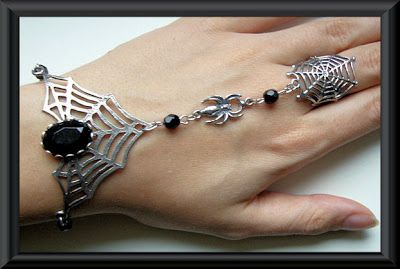 "Selfmade ""Black Widow"" Slave Bracelet by Mara Macabre"