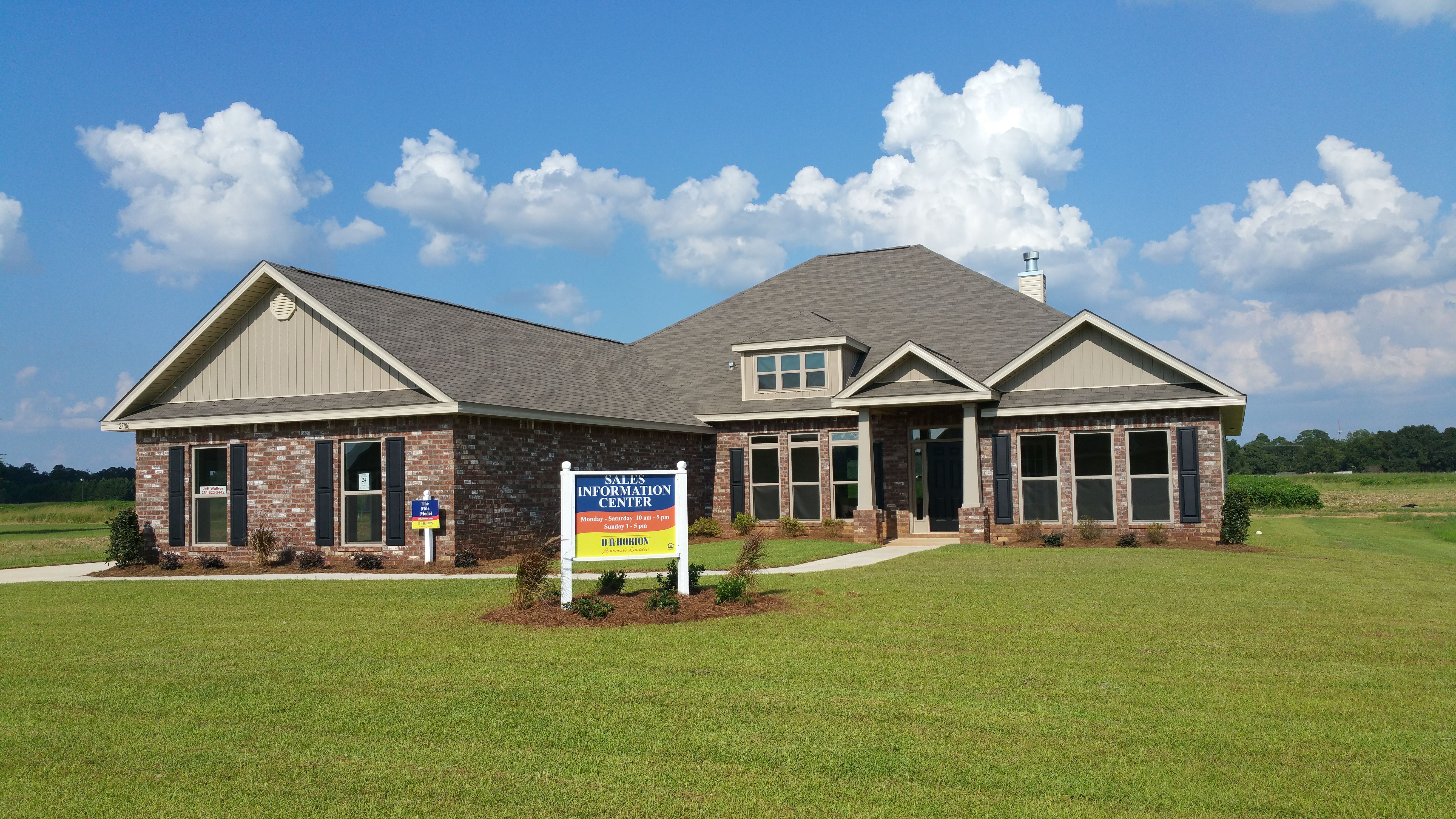 This Mila B Floor Plan is a spacious 2942 sq ft home in the