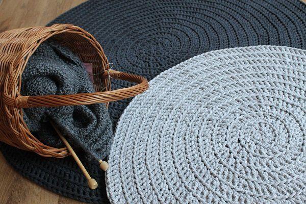 Dywanik Chodnik Light Grey Dywan Dziergany Wicker Laundry Basket Crochet Hats Home Decor