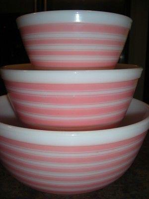 RARE Vintage Pyrex Complete Set of 3 Pink Rainbow Stripe Nesting ...