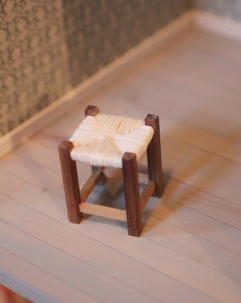 how to: mini stool with woven seat