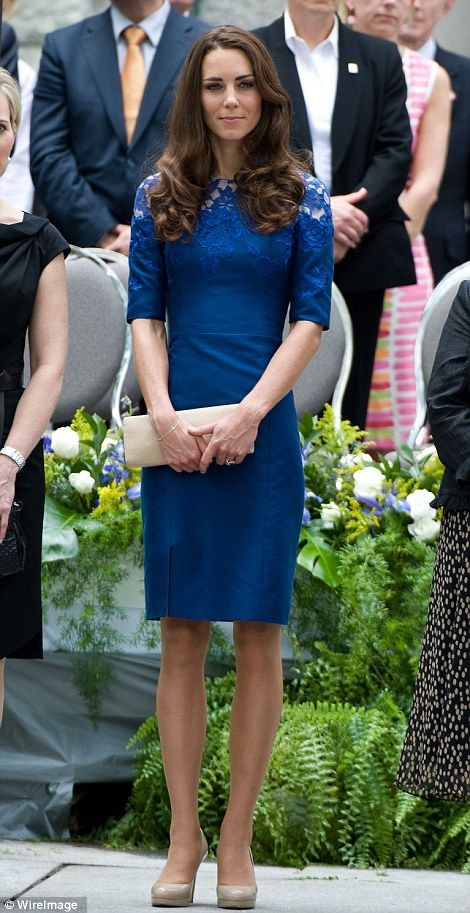 Blue Erdem Jacquenta dress @ Freedom of the City Ceremony in Quebec in July 2011