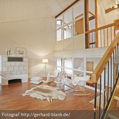 Natürlich Wohnen Ein Landhaus mit hellen Akzenten  - moderner landhausstil wohnzimmer