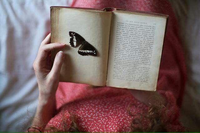 Götür beni ey yüreğimi okşayan umudum , götür şiirlerin ve coşkuların kentine .   - Furuğ Ferruhzad