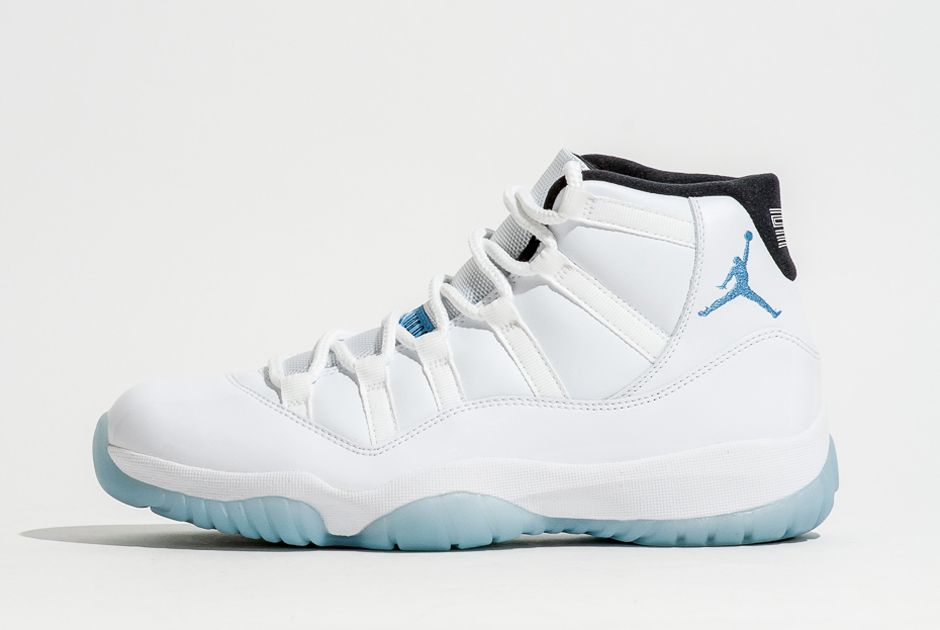 A Detailed Look at the Air Jordan 11 Legend Blue 60bb38308