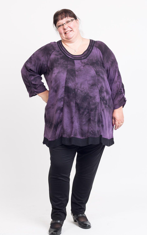 De lækreste tunika i sort - lilla batik Gozzip Modetøj til Damer i fantastisk kvalitet