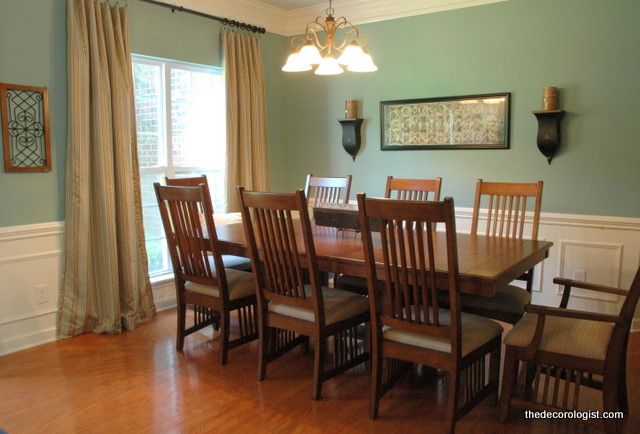 The Color You Should You Never Paint Your Dining Room The Decorologist Dining Room Paint Colors Green Dining Room Paint Green Dining Room Walls