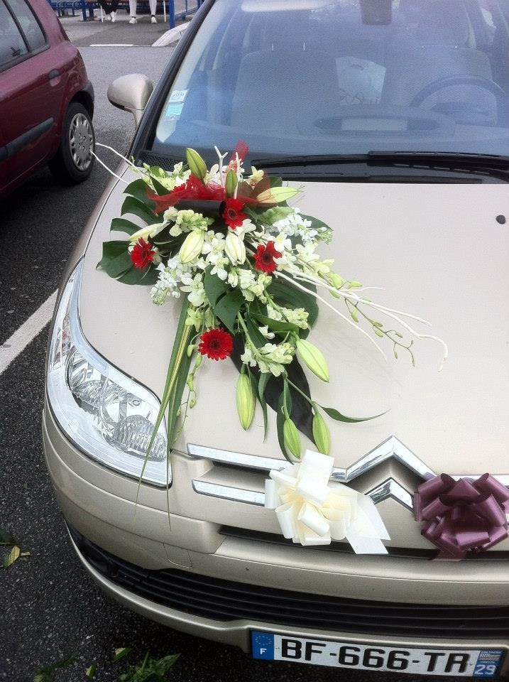 Image associ e d coration voiture mariage pinterest d coration voiture mariage decoration - Decoration voiture mariage ventouse ...