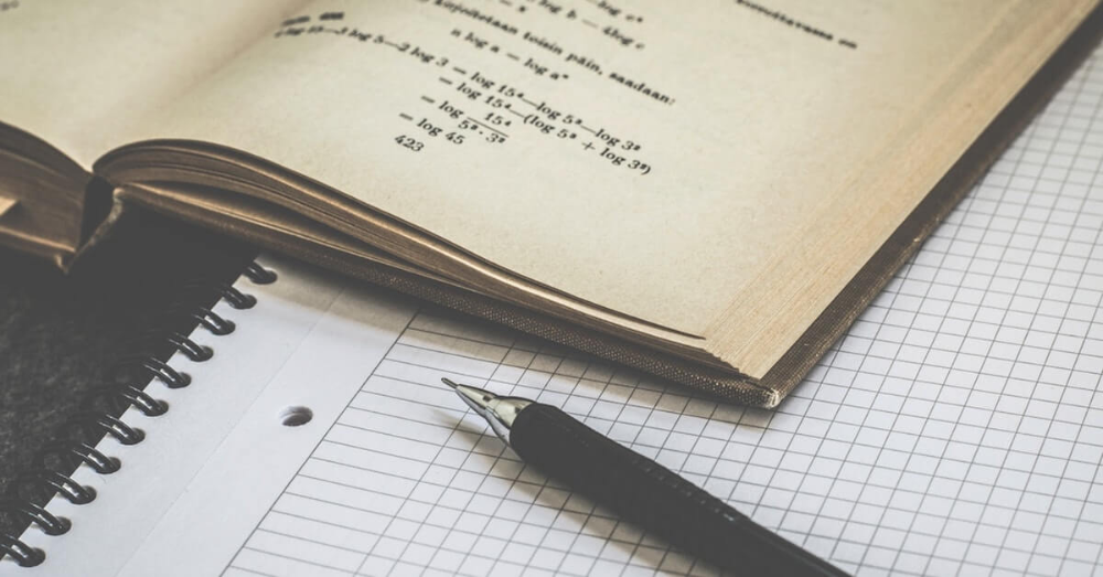 Write business plan report | Grupo ?
