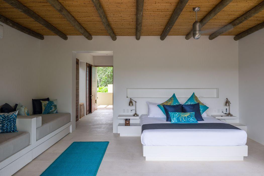Sencilla en su dise o la alcoba principal se enriquece for Diseno terrazas modernas
