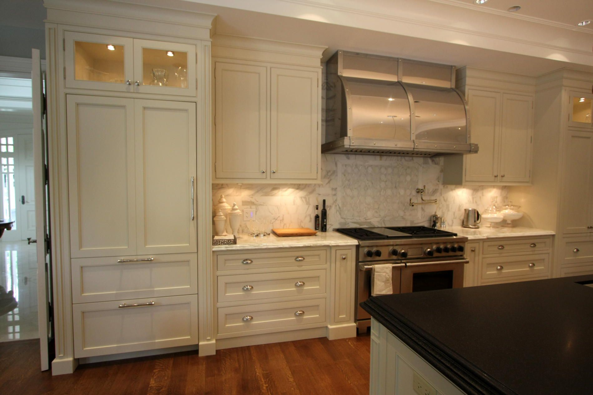 Victorian Kitchen Designs Traditional Victorian Cabinets For Classic Canadian City Home Kitchen Cabinet Styles Home Kitchens Glass Kitchen Cabinet Doors