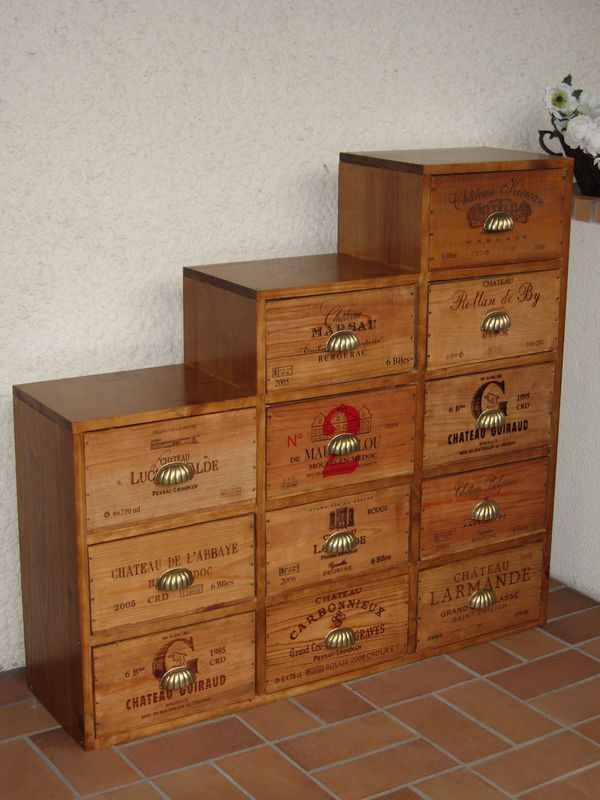 nos meubles caisses de vin l 39 atelier meuble a creer. Black Bedroom Furniture Sets. Home Design Ideas