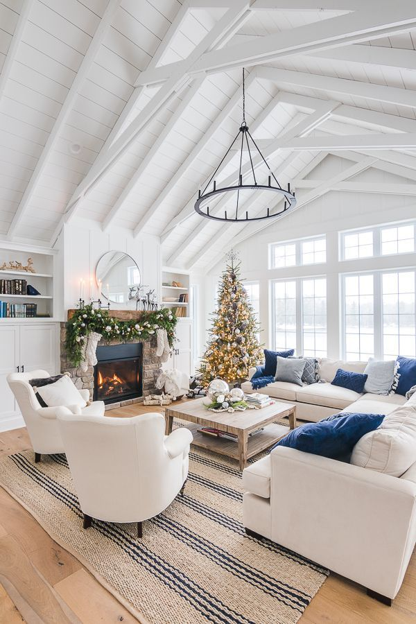 Silver And Grey Classic Christmas Tour Cottage Living Rooms Dream Living Rooms Trendy Living Rooms