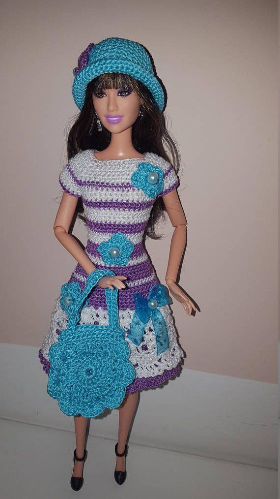 Crochet Barbie dress with hat and handbag | Vestidos en crocheth ...