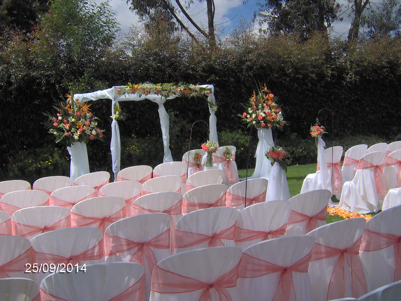 Eventos San Marcos Table decorations, Decor, Four square