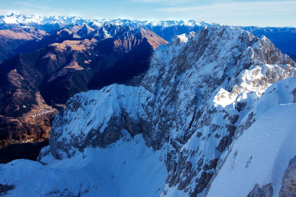 Stefano★ posted a photo:  vista della parete nord dalla cima della Presolana (2.521 m)
