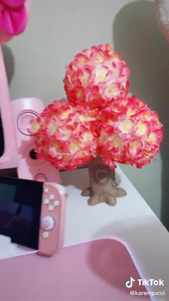 How To Make A Cherry Blossom Animal Crossing Tree Video Animal Crossing Fan Art Animal Crossing Funny Animal Crossing