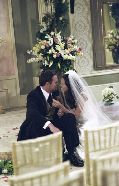 who does monica marry in friends