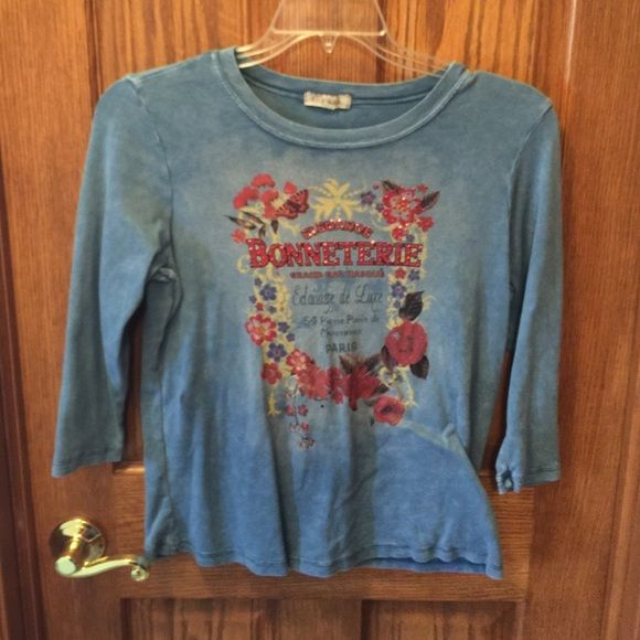 """3/4 sleeve tee Xcit U.S.A brand 3/4 sleeve tee, size L.  I was never able to wear this, it's too short for me, I am 6'0"""". See photos for pretty front design. Xcite U.S.A. Tops Tees - Long Sleeve"""