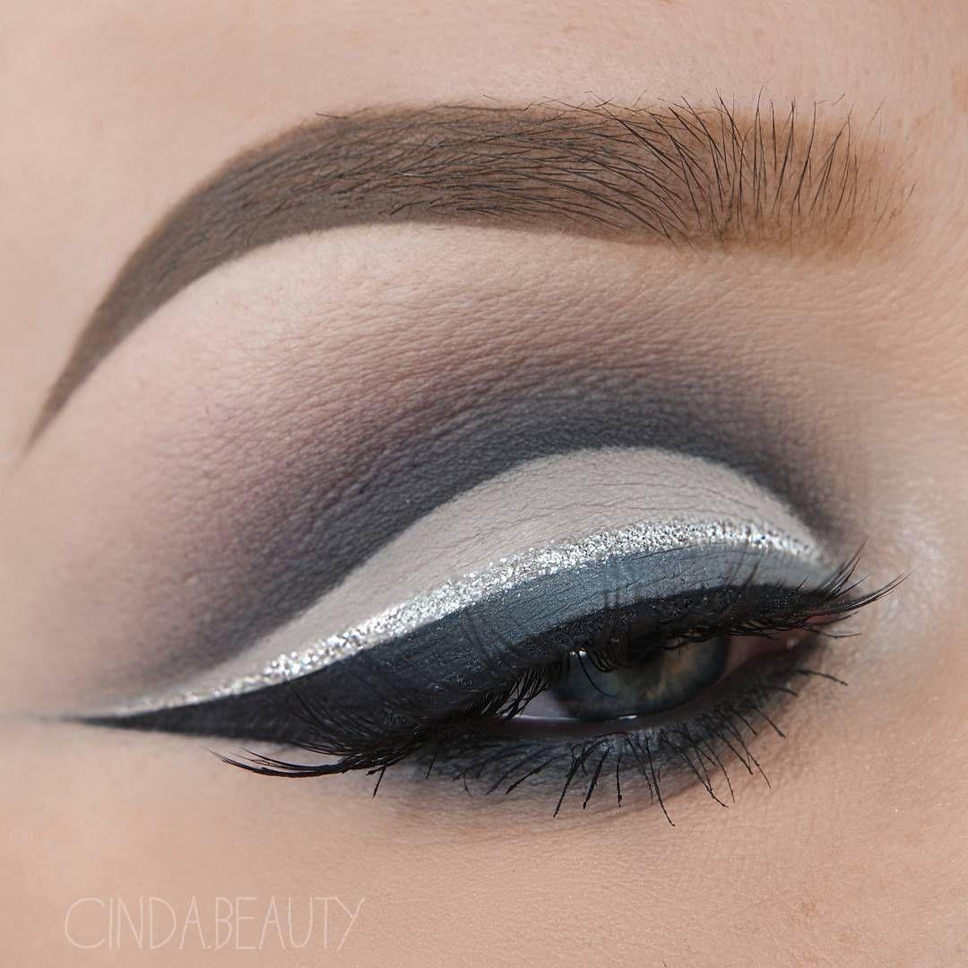 Silver & Grey Makeup