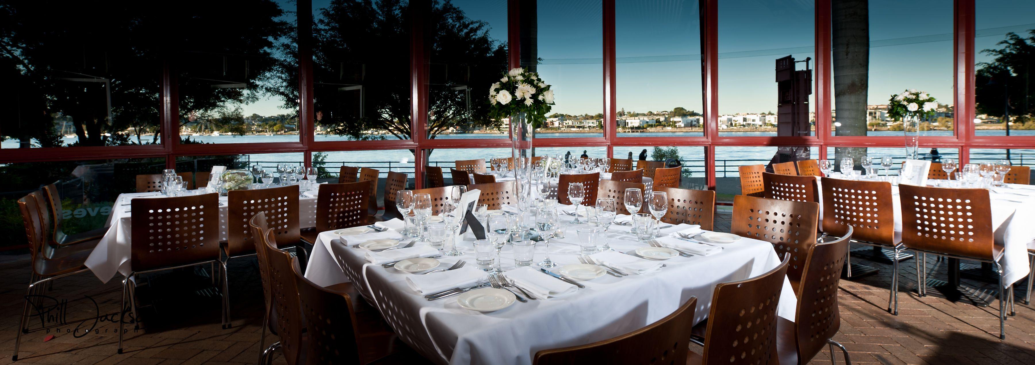 Eves On The River Restaurant Bar Teneriffe Brisbane Qld