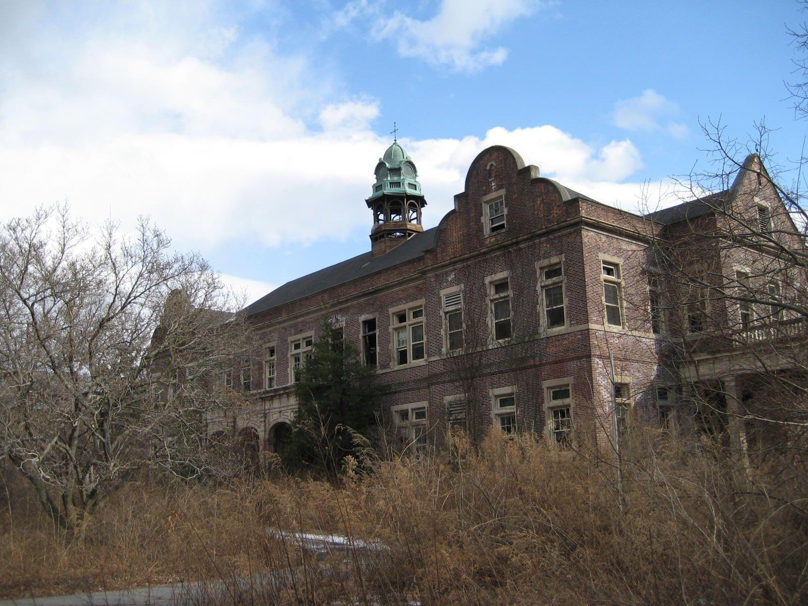 Pennhurst State Hospital Abandoned hospital, Abandoned