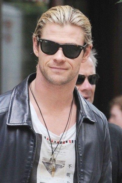 a84be9b39d Chris Hemsworth Wearing Ray-Ban RB4181 Sunglasses pict.com p 23