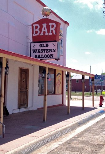 Another Shot From Glendo Wyoming This Town Has A Potion Of Less Than 300 But It Bar They Re Doing Stuff Right In