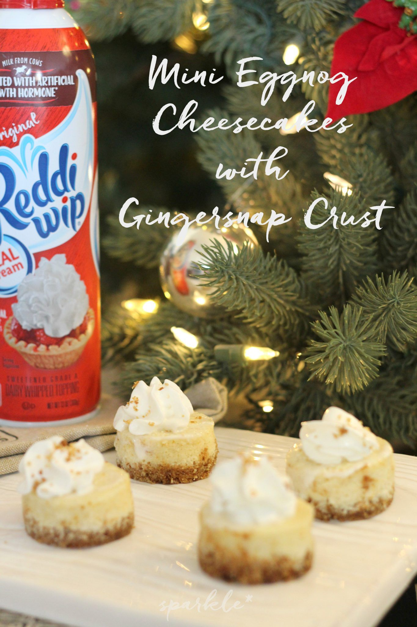 Mini Eggnog Cheesecakes with a Gingerbread Crust * sparkle living blog #eggnogcheesecake