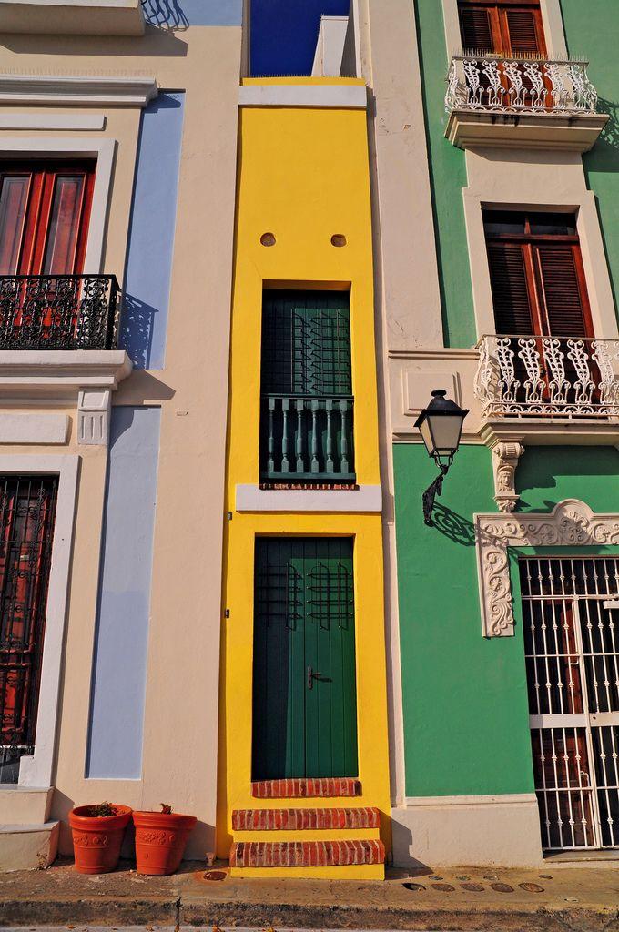 La casa estrecha in old san juan puerto rico one of the - La casa vintage ...