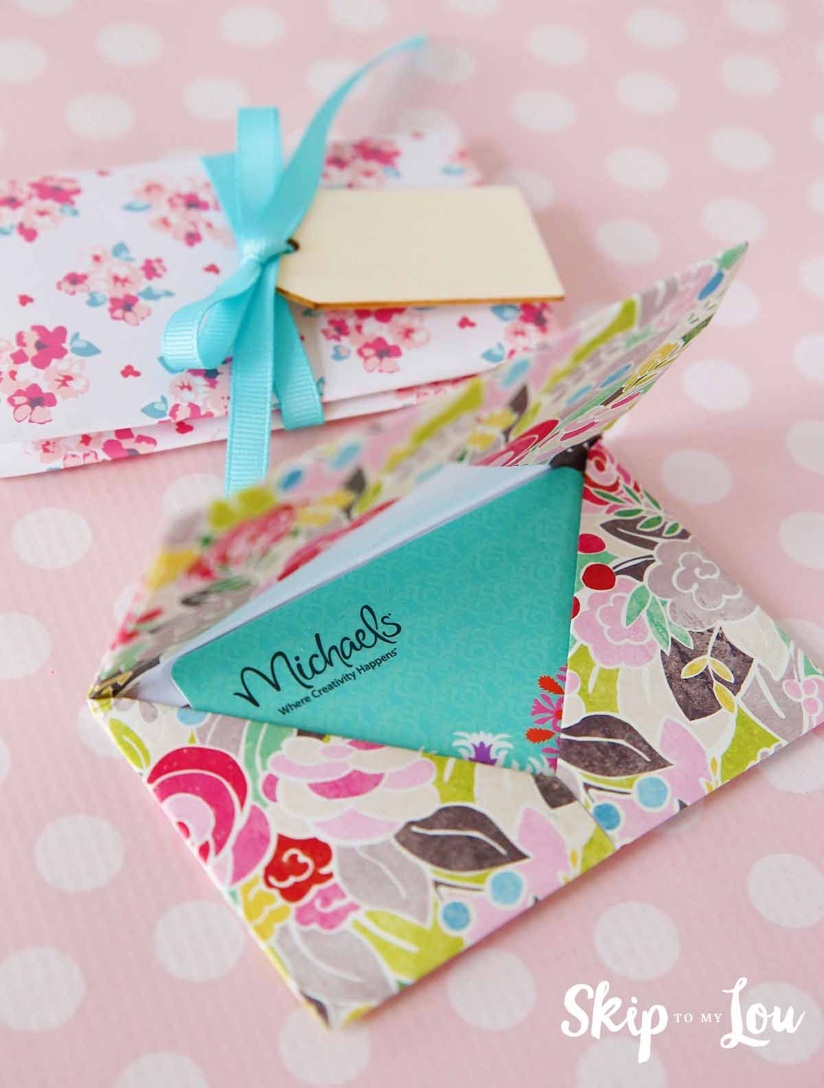 Learn how to make a DIY origami gift card holder. A pretty way to ...