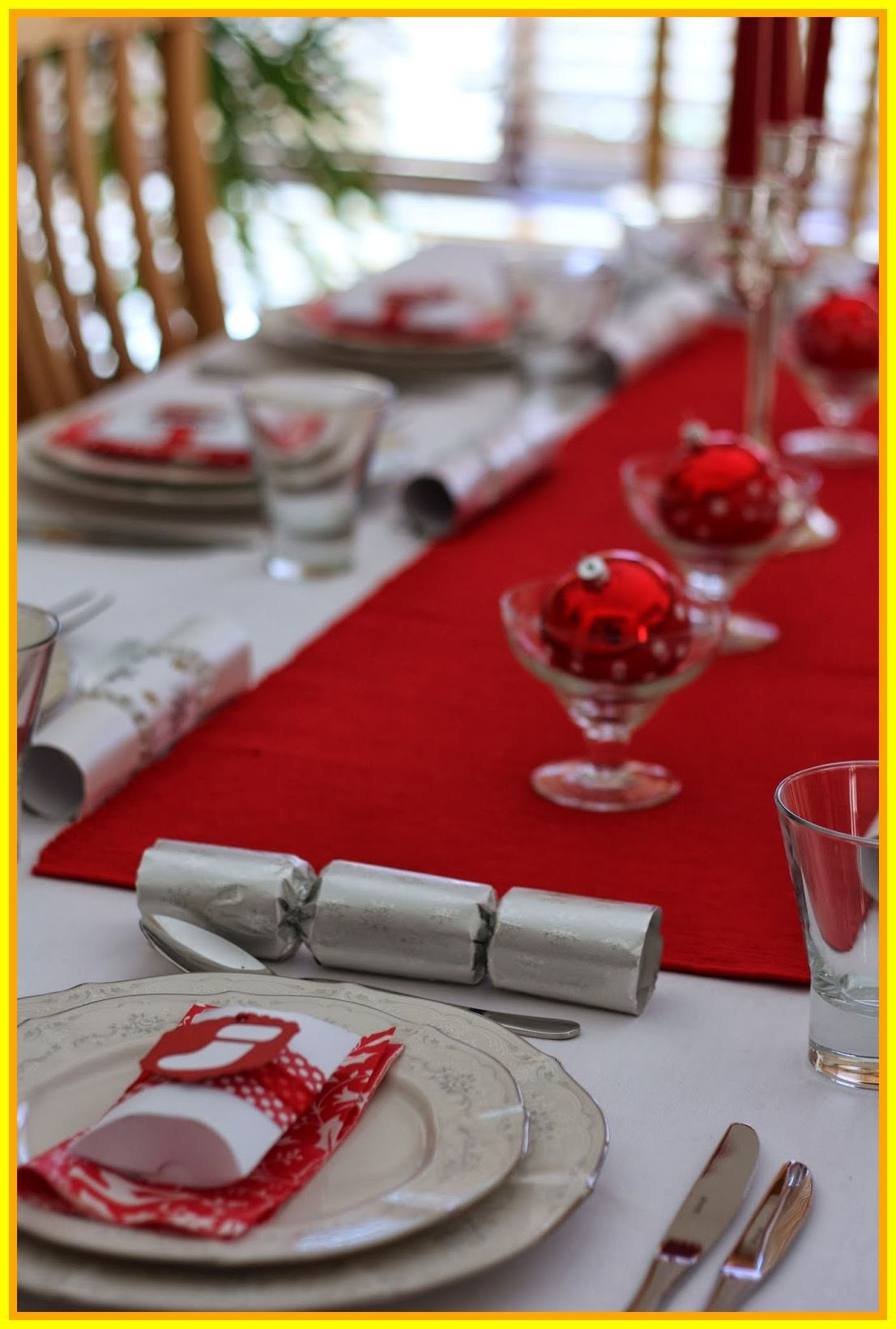 Pin On Christmas Table Decorations Made With Wine Glasses
