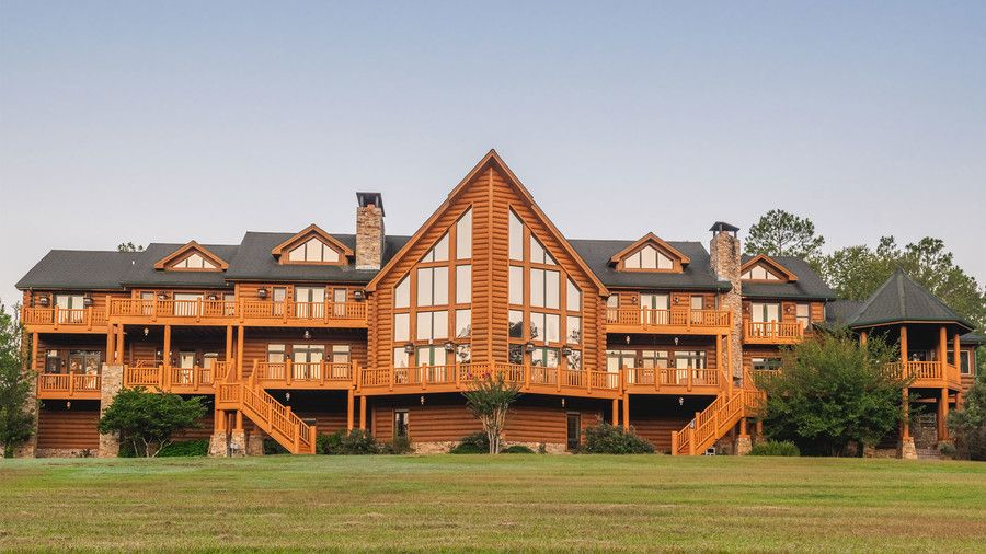 The South S Largest Log Cabin Can Be Yours For 9 5 Million Large Log Cabins Log Homes Log Homes Exterior